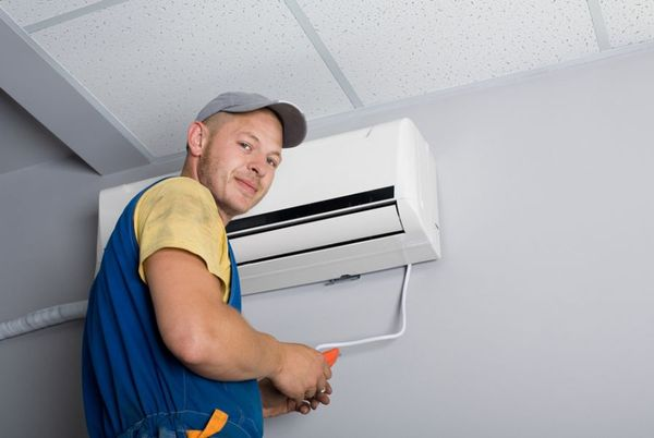 image Nao air conditioning installer 3
